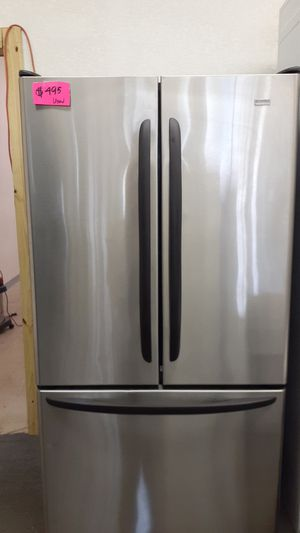 Kenmore refrigerator used in great conditions for Sale in Haines City, FL