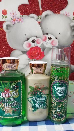BATH AND BODY WORKS- VANILLA BEAN NOEL for Sale in Stanton, CA