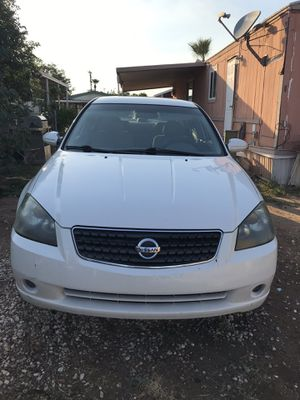 Nissan Altima $2100 or OBO for Sale in Guadalupe, AZ