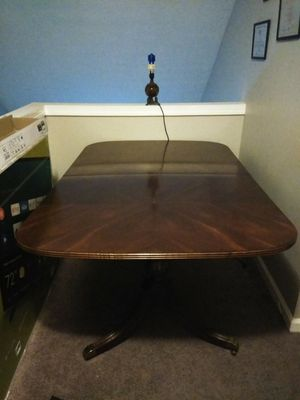 6 Seating Singer Antique Dining Table for Sale in Hapeville, GA