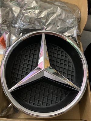 2007-2014 Mercedes Benz Grille Star for Sale in San Antonio, TX