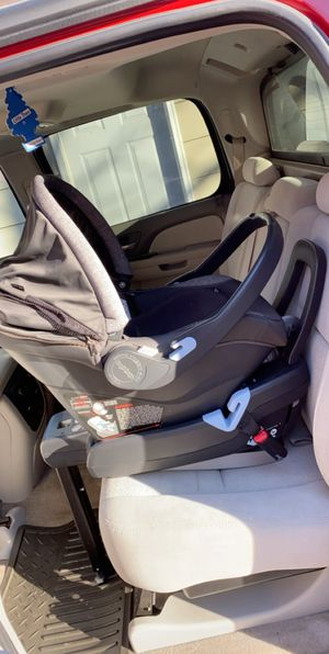 Peg pergo infant car seat for Sale in Urbandale, IA