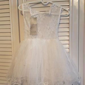 White Lace Dress for Sale in Des Plaines, IL