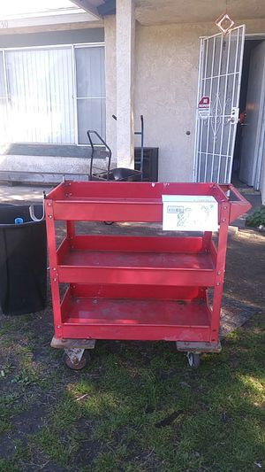 Roll around tool tray 20$ for Sale in Redlands, CA
