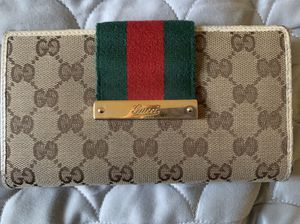 Authentic Gucci wallet for Sale in San Marino, CA