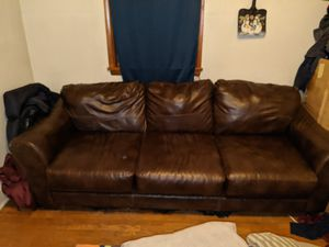 Leather couch for Sale in Clarksburg, WV