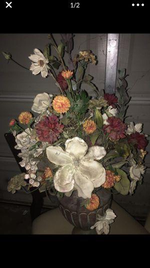 Silk flower fake flower arrangement vase floral for Sale in Rancho Cucamonga, CA