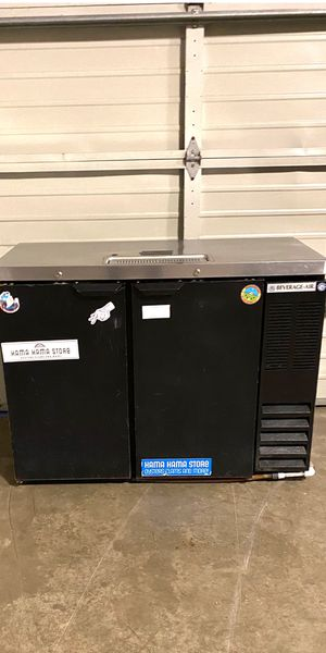 Used commercial draft beer keg cooler for Sale in Renton, WA