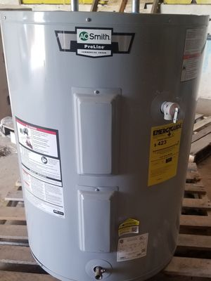 Water heater nuevo 54 gallons for Sale in Magnolia, TX