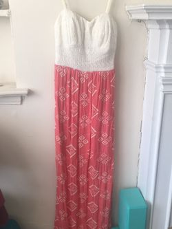 Long Dress With Fitted Bodice for Sale in Chicago,  IL