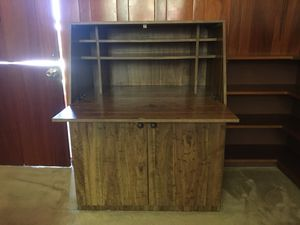 Desk / Secretary and matching small dresser for Sale in Irwindale, CA