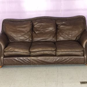 Beautiful Brown Leather Couch / Full Size Sofa for Sale in Decatur, GA