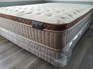 Cal king organic cloud mattresses on sale for Sale in City of Industry, CA