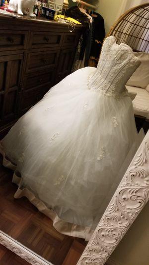 Wedding dress size 16 for Sale in Las Vegas, NV