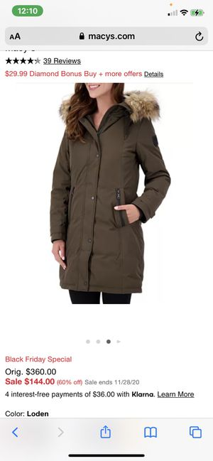 Vince Camuto Faux Fur-trim hooded parka size small for Sale in Chula Vista, CA