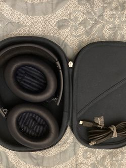 Bose QC 35 II Limited Edition 'noise canceling' for Sale in Sherwood,  OR