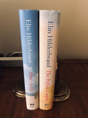 2 books by Elin Hilderbrand for Sale in Windermere, FL