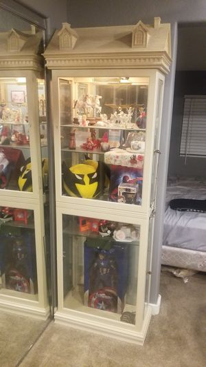 Doll House Display Case for Sale in Phoenix, AZ