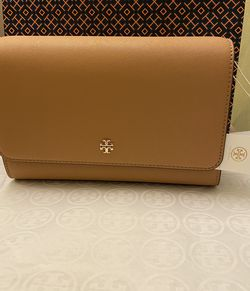 New Tory Burch Emerson Combo Cross-body Bag for Sale in Santa Ana,  CA