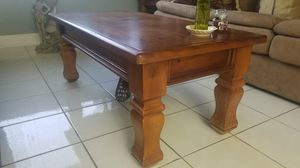 Wood coffee end table livingroom for Sale in Hialeah, FL