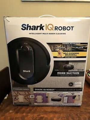 Shark IQ robot vacuum $250 for Sale in Country Club Hills, IL