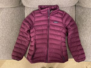 Girls Patagonia down jacket -size XL (14) for Sale in Lynnwood, WA