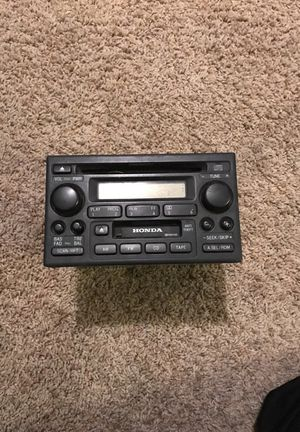 Honda 2001 CRV radio for Sale in Broken Arrow, OK
