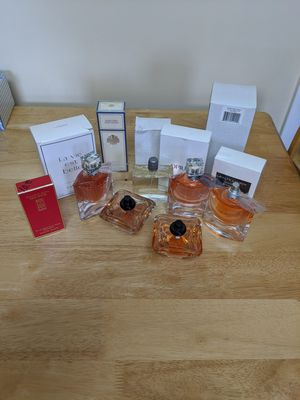 Women's Name Brand Perfume for Sale in MIDDLEBRG HTS, OH