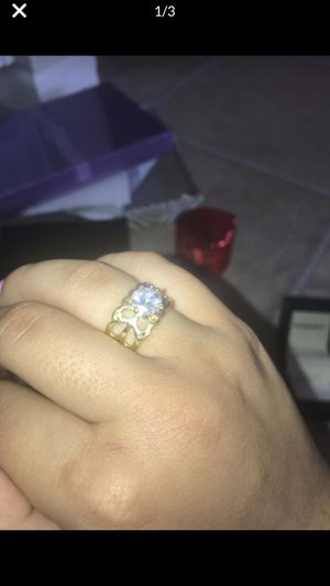 Gold and diamond costume jewellery ring for Sale in Brentwood, CA