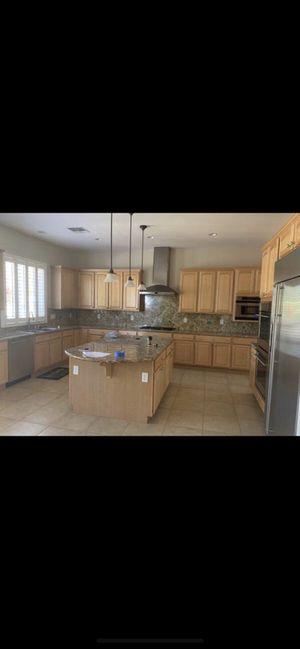 Kitchen Cabinets for Remodel for Sale in Oak Glen, CA
