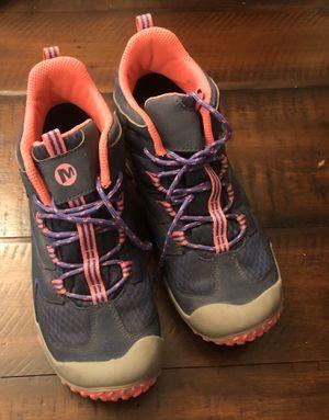 Merrell girls waterproof hiking boots size 4 for Sale in Mill Creek, WA