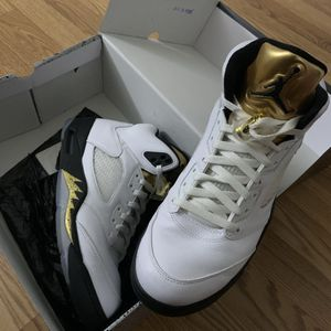 Jordan Retro 5, Olympic Gold Coin, Men's size 10.5 for Sale in Silver Spring, MD
