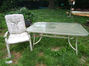 Outdoor patio furniture for Sale in Columbus, OH
