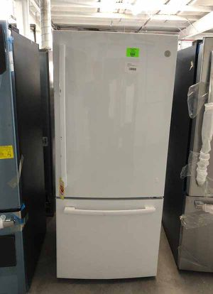 GE refrigerator B9CVP for Sale in El Paso, TX