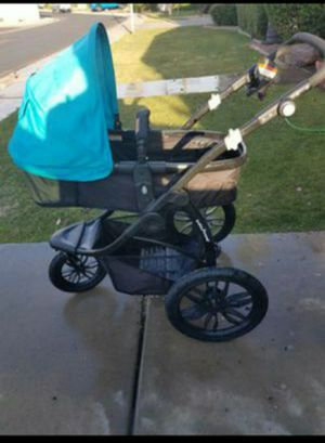 Travel system stroller/ carseat for Sale in Peoria, AZ