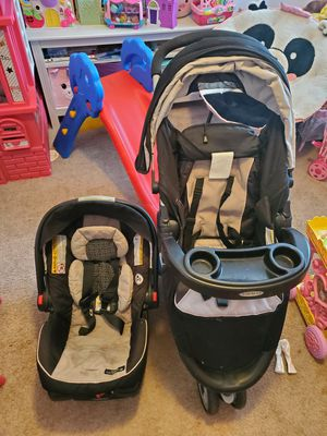 Graco Travel Set for Sale in Houston, TX