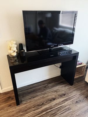 Ikea Malm Table with Drawer for Sale in Encinitas, CA