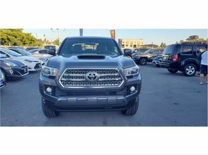 2017 Toyota Tacoma for Sale in Hayward, CA