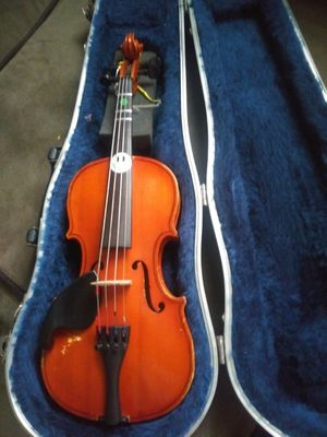 Child's violin case included. Its all barely used for Sale in Linthicum Heights, MD
