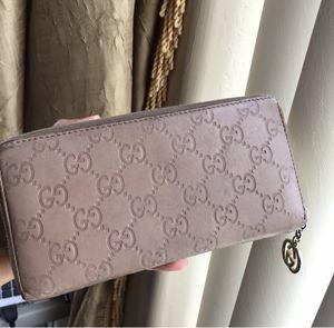 Gucci wallet for Sale in El Cajon, CA