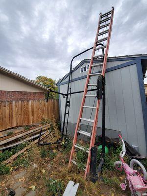 Ladder rack and 32 ft fiberglass ladder for Sale in Brighton, CO