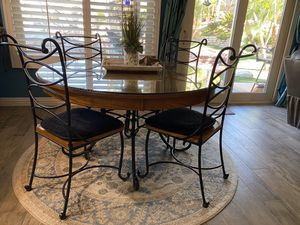 Kitchen Dinner Table for Sale in Riverside, CA