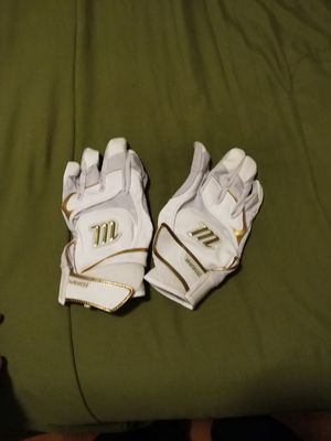 Marucci Gold Exclusive batting gloves Adult Extra Large for Sale in Falls Church, VA