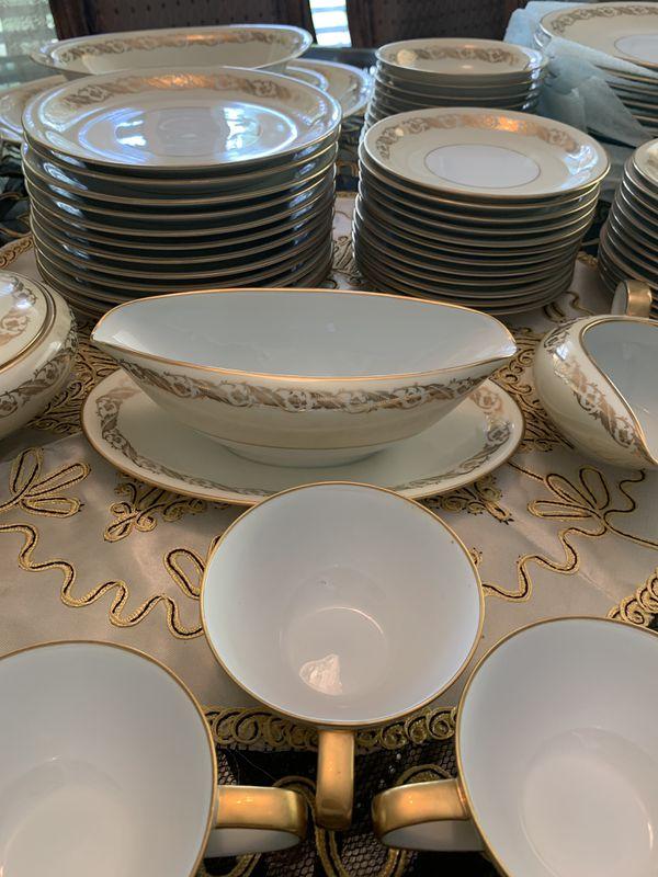 RARE Noritake Fine China 85 piece set (Full set-original)