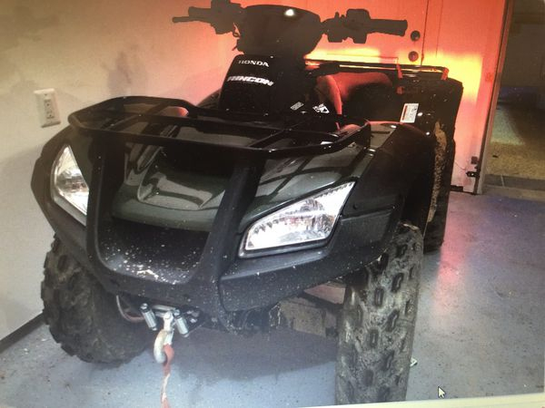 """Honda Rincon """"So much fun""""Fourtrax-Only 75Miles-garage kept-winch-plow-Almost Brand New"""