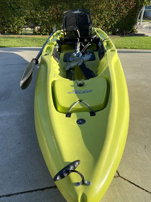 Hobie Outback fishing Kayak MirageDrive 180 with Kick-Up Fin Technology for Sale in HUNTINGTN BCH, CA
