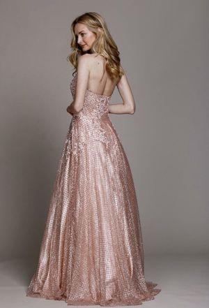 Prom dress for Sale in San Antonio, TX