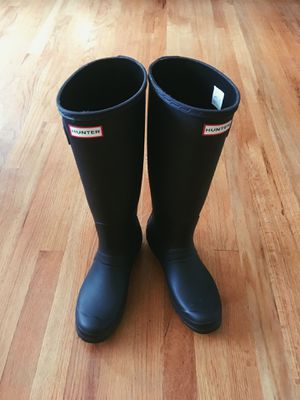Matte Black Hunter Rain Boots for Sale in Seattle, WA