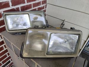 Mercedes w201 190e US headlights for Sale in Schaumburg, IL