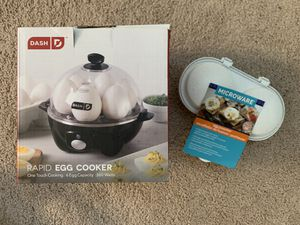 Dash Rapid Egg Cooker & Microware Poacher for Sale in Seattle, WA